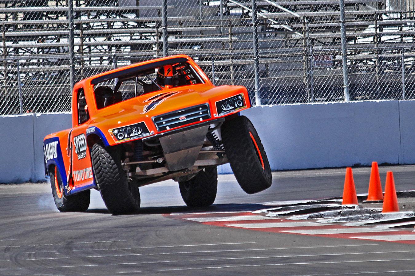 Mini Trophy Truck >> Stadium Super Trucks Are Like Mini Trophy Trucks And They