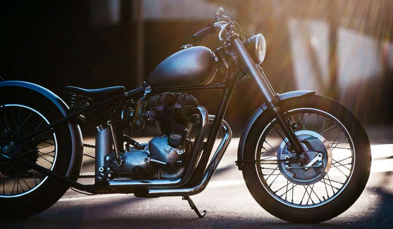 Deus Is King! This Triumph Bobber Is More Proof Than We Needed