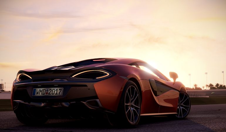 Forza Motorsport 7 vs.Project Cars 2: The Console Racing Battle Is Heating Up